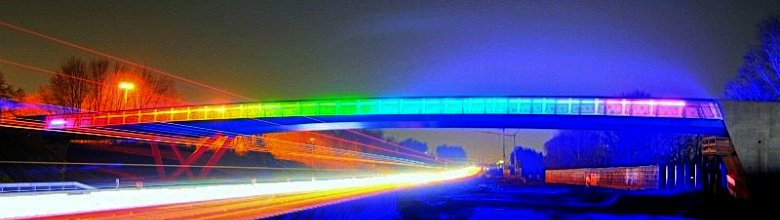 Regenbogenbrücke >